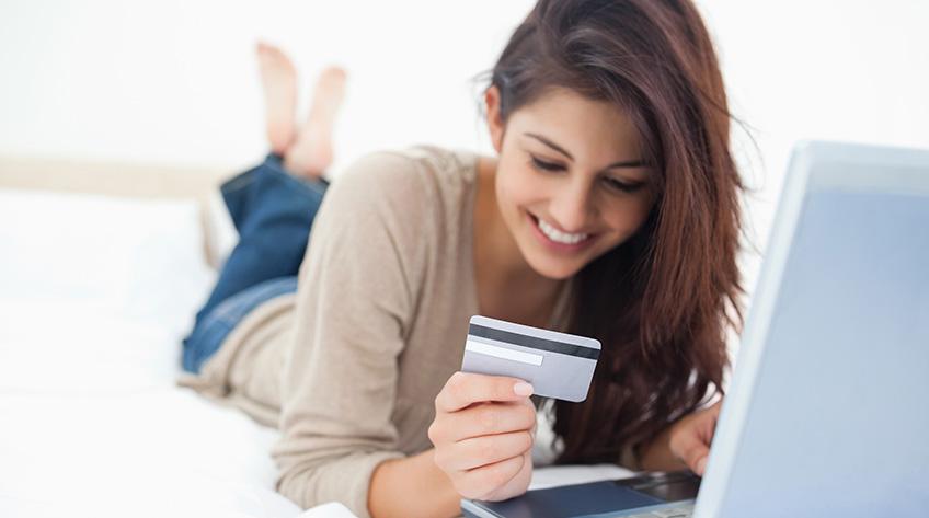 Factores que influyen en la intención de uso de las tarjetas de crédito por parte de los jóvenes universitarios